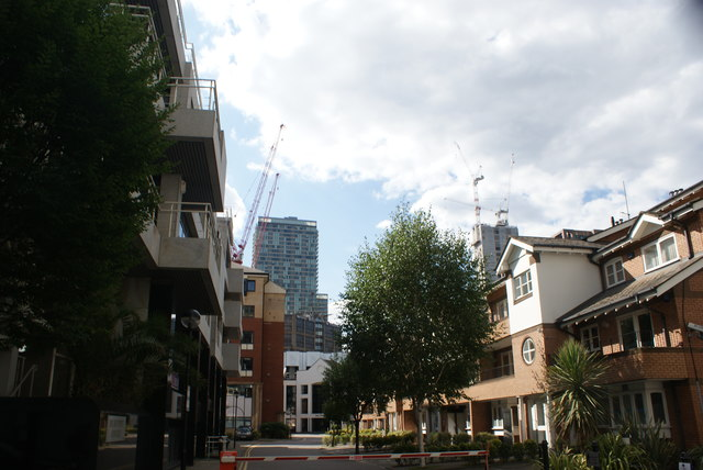 View of the Pan Peninsula apartment block from Admirals Way