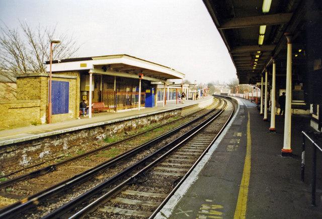 Lewisham station 2000, North Kent lines