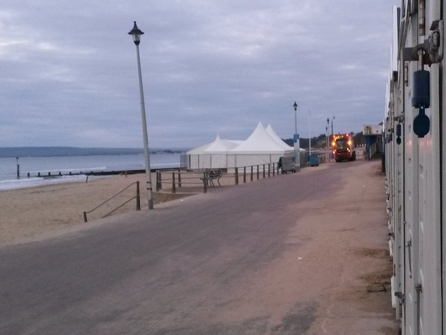 Bournemouth: early morning bin-lorry shift