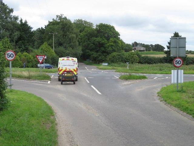 Trenchards Lane / A30