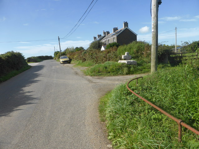 Moor Croft Cottages and Cross