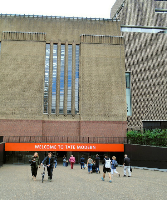 Entrance to Tate Modern