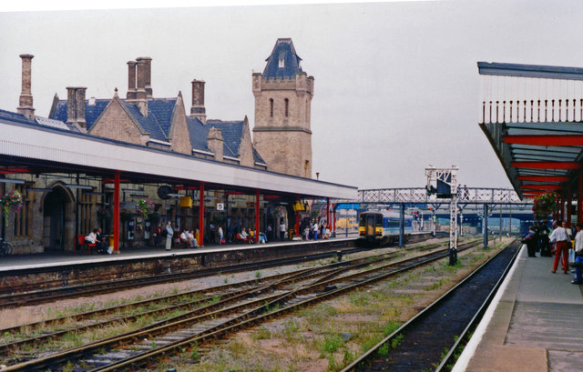 Lincoln Central station, eastward 1992