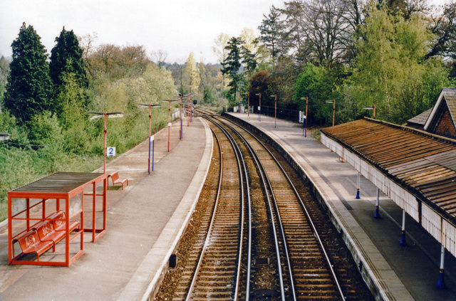 Lingfield station, view south 2000
