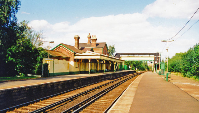 Lingfield station, view north 2000