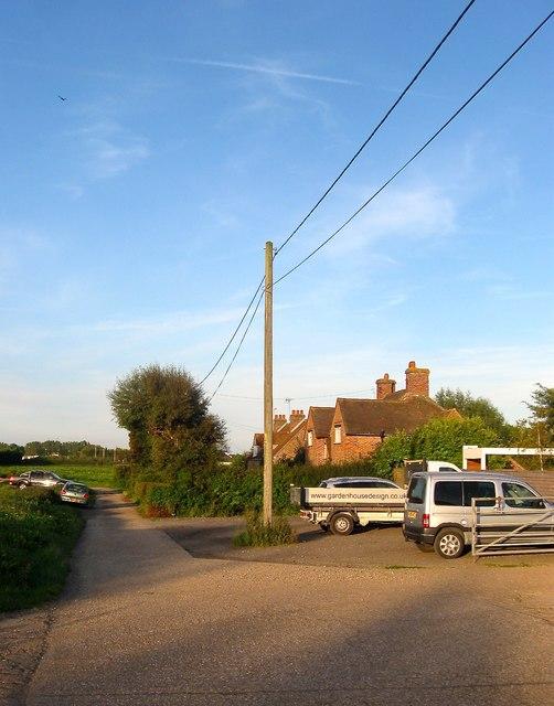 New Barn Cottages, Littlehampton Road
