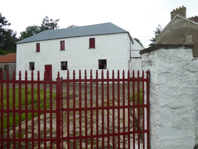 Whitewashed farm buildings, Ballynahatty