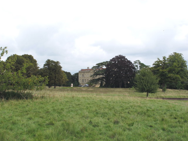 Thame Park house from public footpath