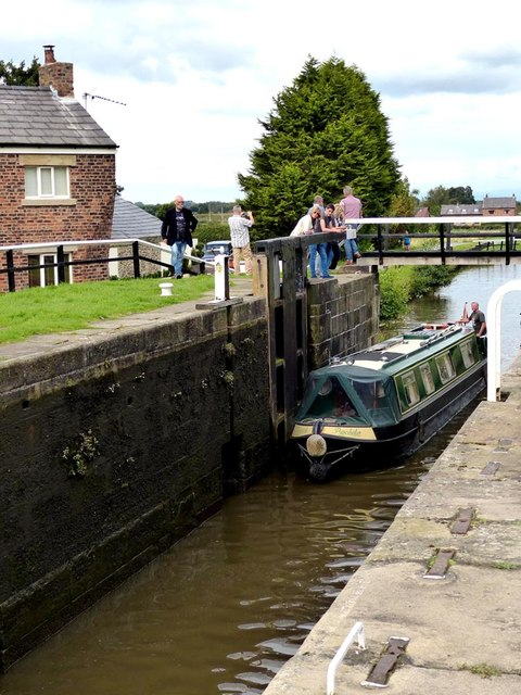 Barge entering top lock