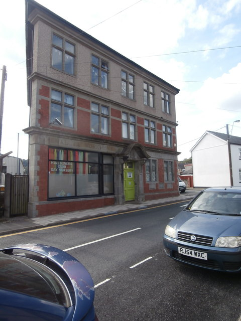 Penallta Workmen's Hall, Library & Institute, Ystrad Mynach