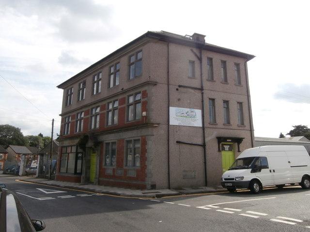 Penallta Workmen's Hall, Library & Institute, Ystrad Mynach