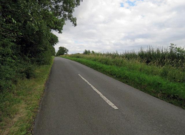 Three Turns Lane towards South Croxton