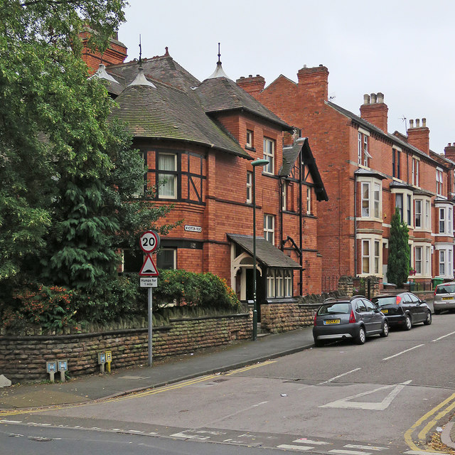 The corner of Sherwood Rise and Wiverton Road