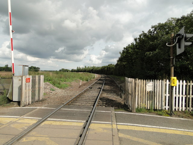 The up-line from Thorpe Lane crossing