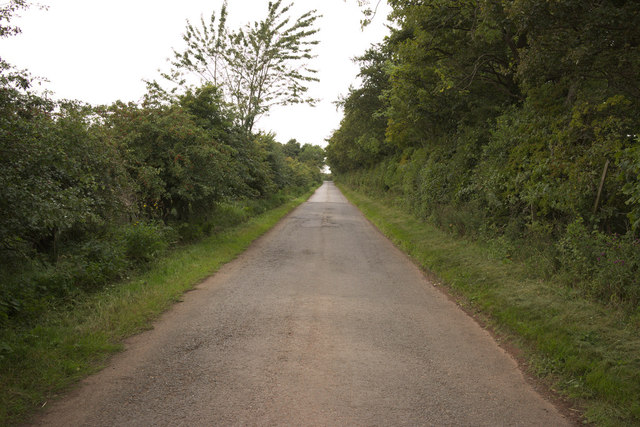 Road to Woodhall and The Brunt