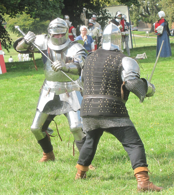 The Knight in action on Blackbirds Common, Boxmoor