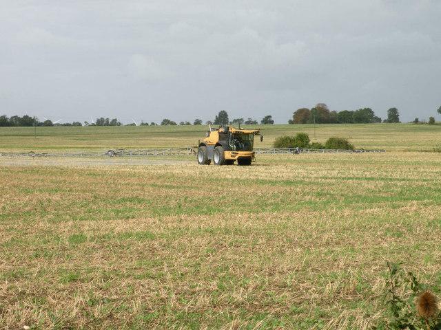 Crop-spraying near Papworth St Agnes