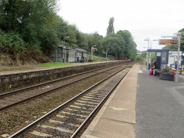 Gathurst railway station