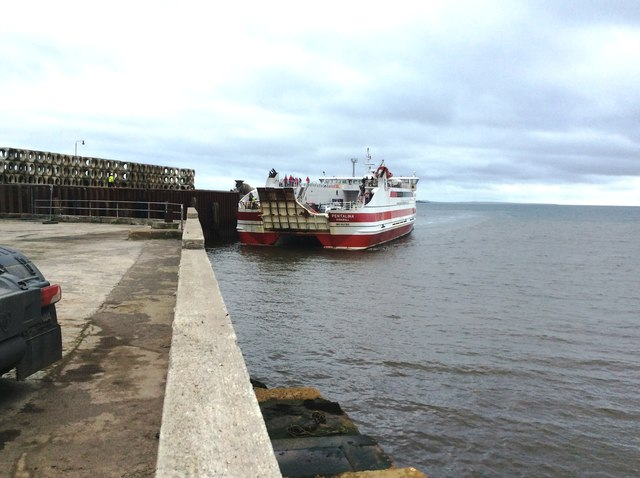 Ferry Entering Gills Bay Terminal