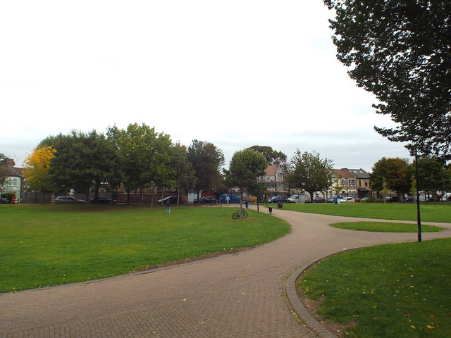 Priory Park, Upton Park