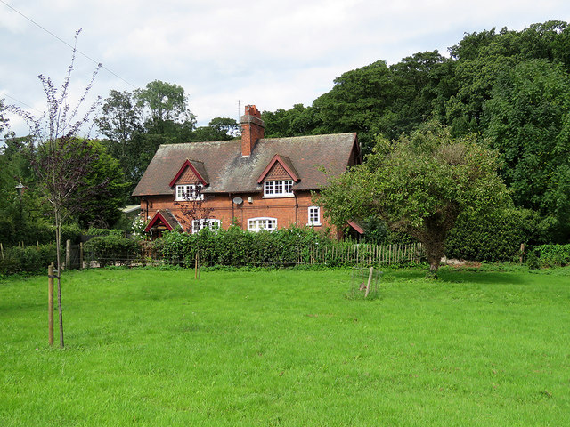 Strelley: Orchard Cottage