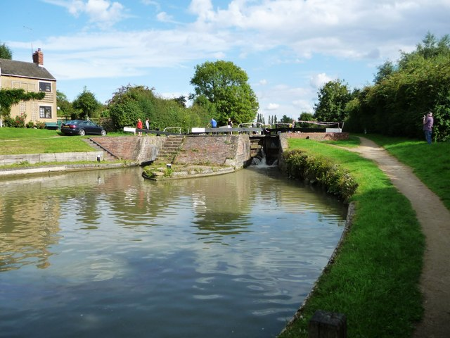 Locks 4 and 5, north Oxford Canal