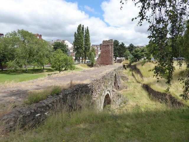 The mediaeval Exe Bridge