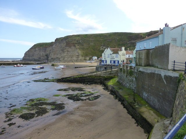 The Cod and Lobster pub at Staithes