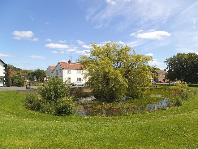 Hutton Cranswick village green and pond