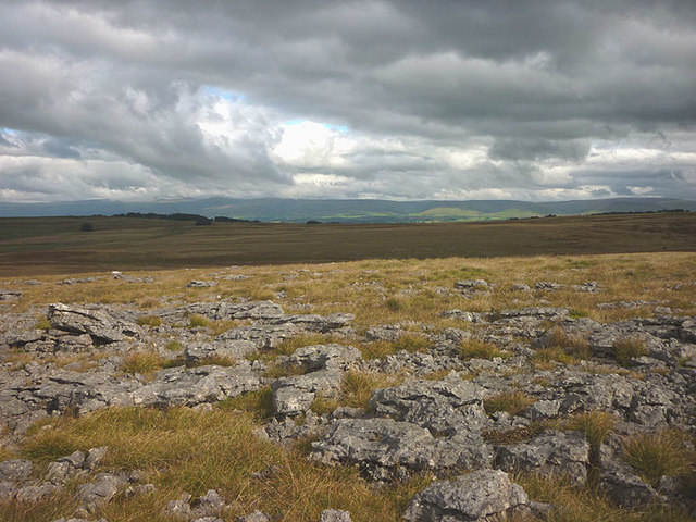 Limestone outcrops by the bridleway
