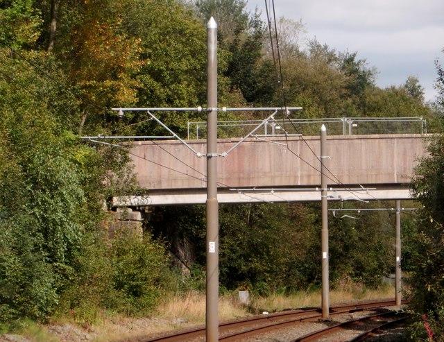 Footbridge over the tramway