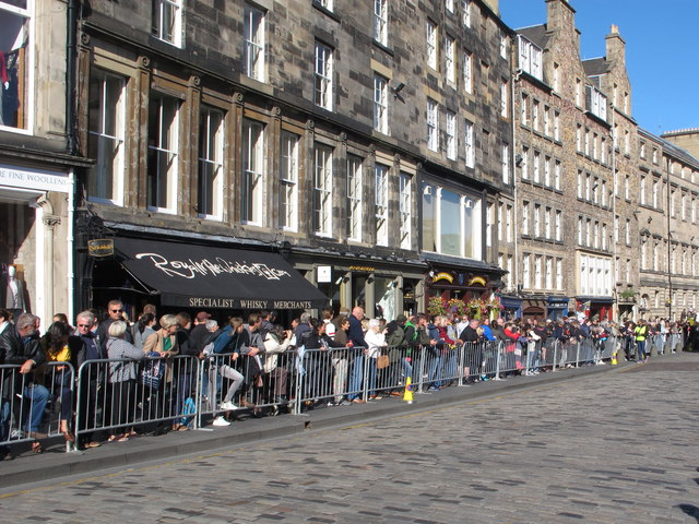 Spectators for the Riding of the Marches, High Street Edinburgh
