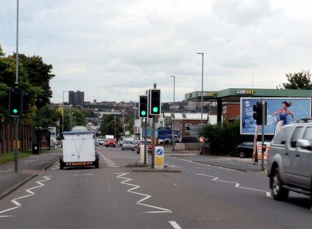 Victoria Road in Fenton Low