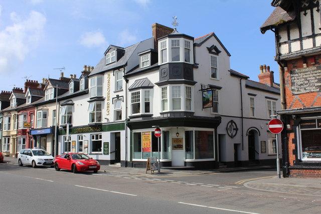 Lord Beechings pub