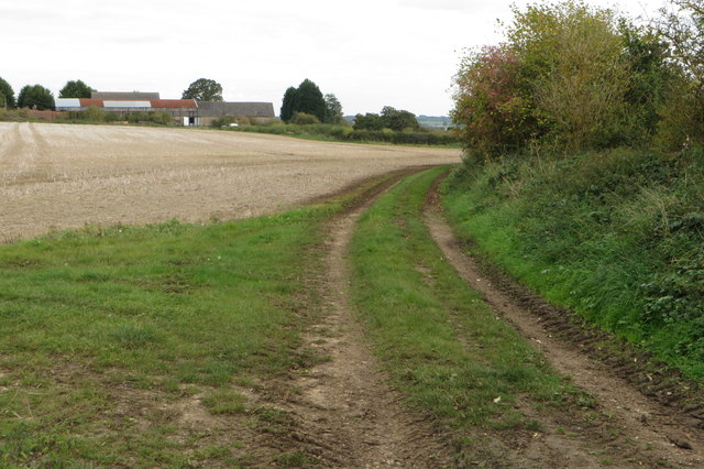Milton Keynes Boundary Walk and Harrold Lodge Farm