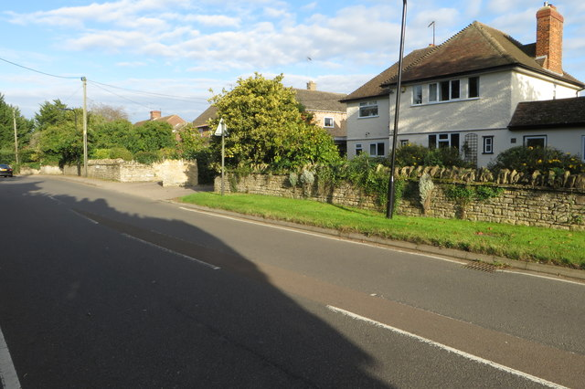 The road into Harrold