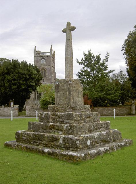 Queen Charlton cross