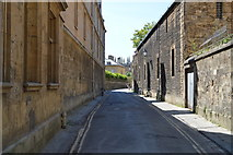 SP5106 : Queens Lane by N Chadwick