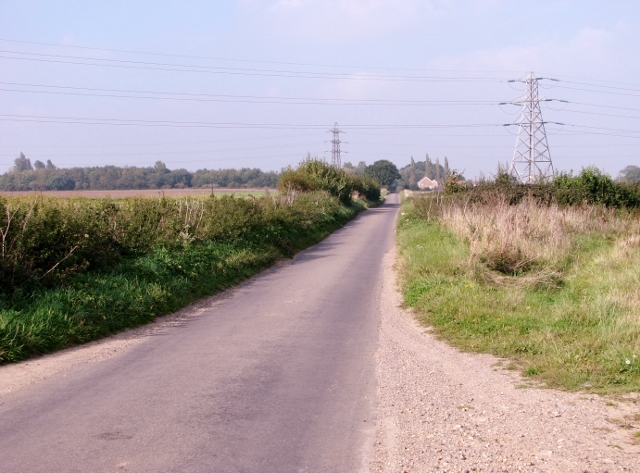 To Lower Thurlton on Long Road