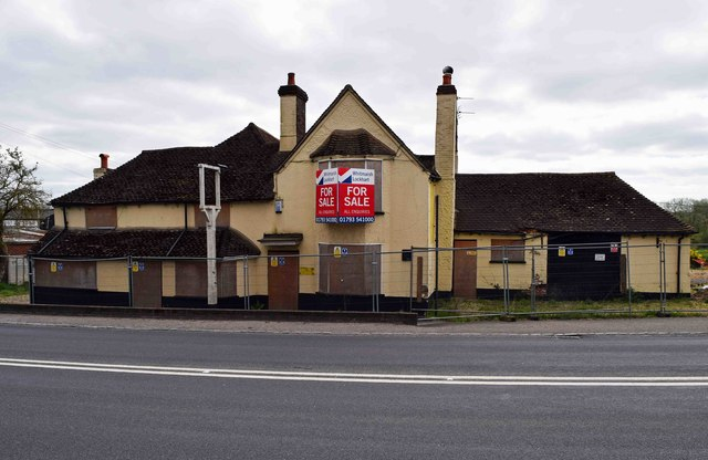 The former Rising Sun (2), Bath Road, Woolhampton, Berks
