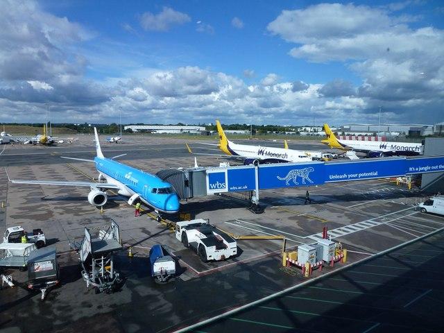 Aeroplanes at Birmingham International Airport