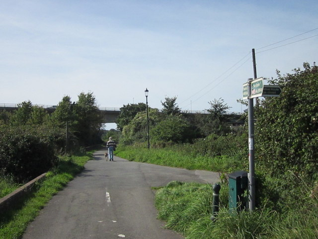 South West Coastal Path & Cycle Route 27 Leaving Barnstaple
