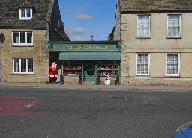 The Christmas Shop, High Street, Lechlade on Thames, Glos