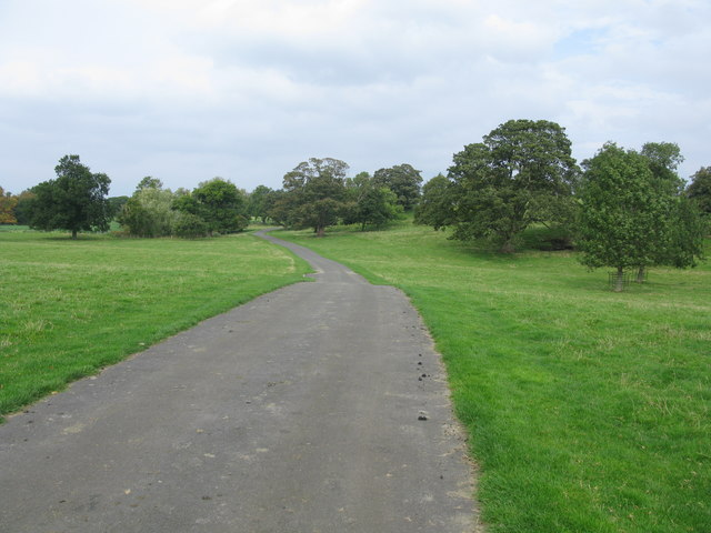 Driveway to the House of the Binns