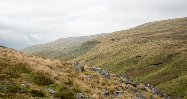 Rocks alongside Buttertubs road