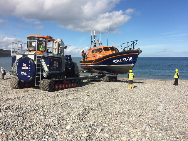 The turning of RNLI 13-18 William F Yates during trials