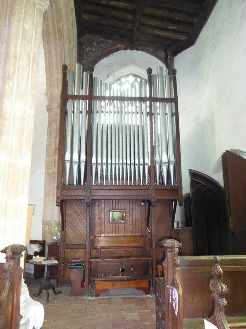 SS Peter & Paul, Carbrooke: organ