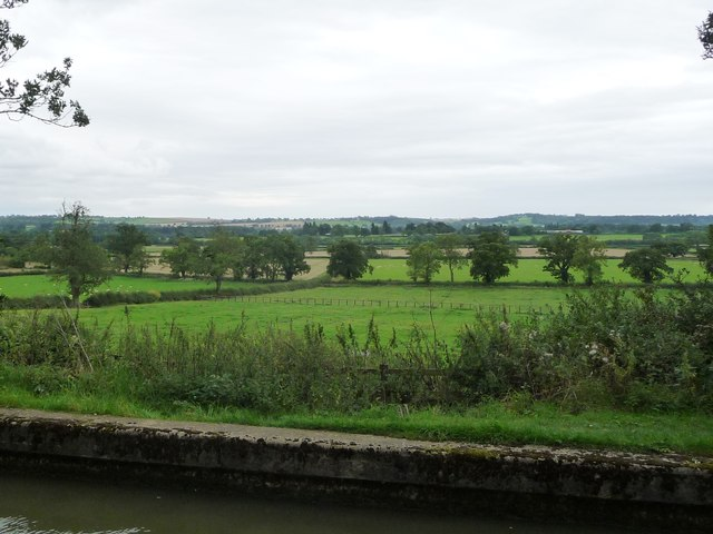 Farmland south-east of Lubenham Lodge