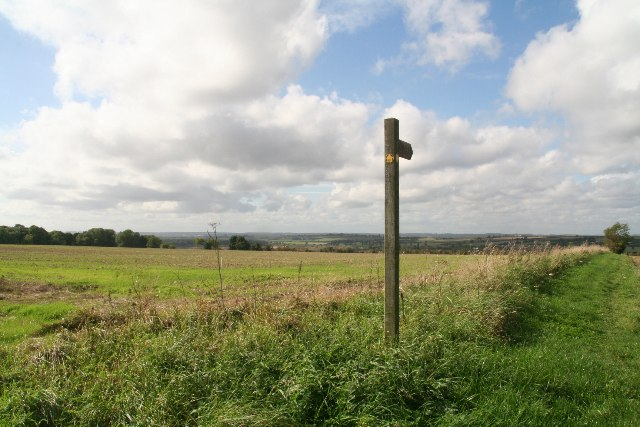 Footpath to Barnetby le Wold