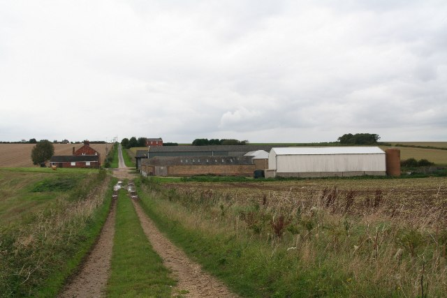 Barnetby Wold Farm on bridleway to Mealand Hill